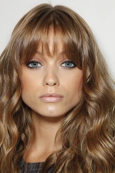 dark ash blonde hair.... I think that used to be my natural color, love it, want it back- with ver sporadic highlights