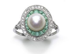 Art Deco Pearl Emerald & Diamond Ring