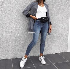 Source by hhalilov outfits Classy Outfits, Stylish Outfits, Cute Outfits, Fashion Mode, Fashion Outfits, Womens Fashion, Fashion Styles, Outing Outfit, Queen Outfit