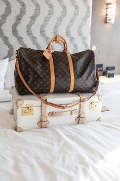 Louis Vuitton Duffle Bandoulière 55 Bag Resort Rooms Grand Traverse Resort & Spa in Acme Traverse City Michigan Photographed by Annie Fairfax Louis Vuitton Keepall, Louis Vuitton Duffle Bag, Louis Vuitton Bags, Annie, Purses And Bags, Lv Bags, New Bag, Travel Bags, Cross Body