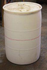 Stylish and Low Cost 55 Gallon Drum Planters: 15 Steps (with Pictures) Wooden Planters, Outdoor Planters, Diy Planters, Concrete Planters, Meyer Lemon Tree, 55 Gallon Drum, Pottery Painting Designs, Barrel Planter, Rain Barrel