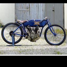 "1915 61"" Super X Racer, one fast lil machine here #usa #superX #sonsofspeed…"