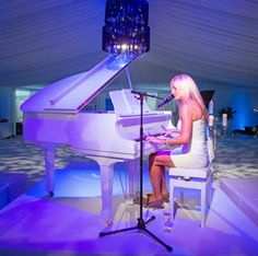 Lucy Sassoon is an accomplished television presenter & voice over artist - smooth jazz, blues or pop. Her musical interpretations are characterised by that distinctively smoky Sassoon style. Phone the Online Bookings HotLine on 374 Corporate Entertainment, Wedding Entertainment, Social Events, Corporate Events, Jazz Cafe, Smooth Jazz, Top Hotels, Female Singers, Classical Music