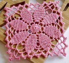 New Crochet Poncho Bebe Granny Squares Ideas Crochet Coaster Pattern, Crochet Blocks, Granny Square Crochet Pattern, Crochet Squares, Crochet Motif, Crochet Patterns, Crochet Poncho, Granny Squares, Lace Doilies