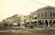 East Side Main Street, Minot, North Dakota 1910.preview.jpg (500×319)