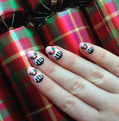 theillustratednail:  FIGGY PUDDING HALF MOONS!