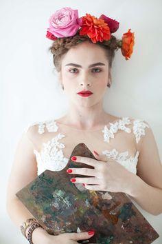 Inspiriert von Frida Kahlo: Malerische Hochzeitsinspiration im mexikanischen Stil @Angelika Krinke http://www.hochzeitswahn.de/inspirationsideen/inspiriert-von-frida-kahlo-malerische-hochzeit-im-mexikanischen-stil/ #bride #inspiration #fridakahlo