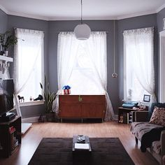 Grey walls, white woodwork