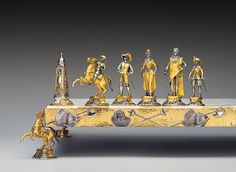 Historical-Gold-and-Silver-Chess-Sets-by-Piero-Benzoni-4.jpg 1,200×879 pixels