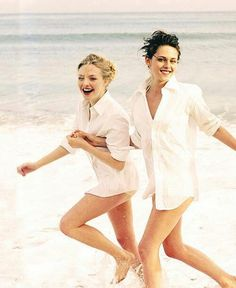Amanda and Kristen photoshoot