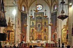 Iglesia de San Jerónimo el Real Es el llamado Monasterio de San Jerónimo Real, consagrado al gran padre de la Iglesia. Su fisonomía es bien conocida por todos los turistas que nos vista, su silueta gótica se eleva por encima del Prado, hacia el Retiro.