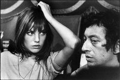 Photo de Serge Gainsbourg et Jane Birkin en Normandie en 1969, à voir à La Galerie de l'Instant durant l'exposition Serge Gainsbourg