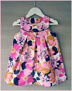 Retro Janneke Toddler Sewing Patterns, Baby Girl Dress Patterns, Baby Sewing, Baby Dress, Girls Maxi Dresses, Wedding Dresses For Girls, Little Girl Dresses, Toddler Fashion, Toddler Outfits
