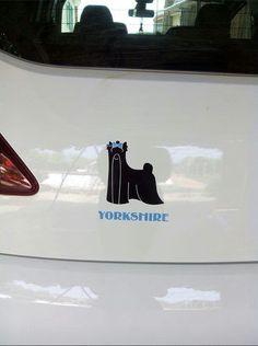Vinilo para automovil de alta calidad Yorkshire macho por solo 3 euros..en https://www.facebook.com/pages/Schnauzer-MINI-Merchandising/1488670871347549?ref=hl