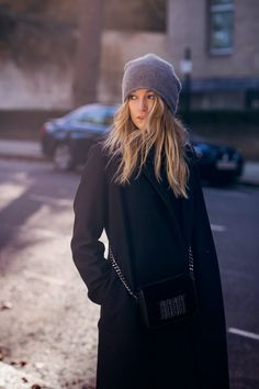 Gray beanie, black oversized coat - Camille Over the Rainbow