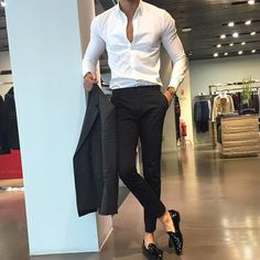 Mens Fashion Smart – The World of Mens Fashion Style Casual, Men Casual, Casual Styles, Mens Fashion Suits, Mens Suits, Style Costume Homme, Mode Costume, Mein Style, Moda Chic