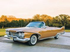 Plymouth Superbird, Plymouth Fury, American Classic Cars, Best Classic Cars, Convertible, Ford Zephyr, Car Monogram, Mopar Or No Car, Us Cars