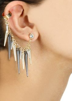 Latest gothic and alternative-fashion ear-cuffs with spikes  online via @roposolove
