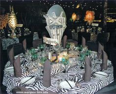fun jungle theme- I love the idea of naming the tables after animals. Jungle Theme Parties, Jungle Party, Safari Theme, Jungle Safari, Safari Party, Dinner Themes, Party Themes, Parties Decorations, Party Ideas