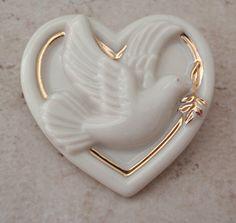 Lenox Dove Pin Brooch Ceramic Heart White Gilding Vintage 081916AL by cutterstone on Etsy #lenoxdove #lenoxbrooch #ceramicbrooch #heartbrooch #vintagejewelry