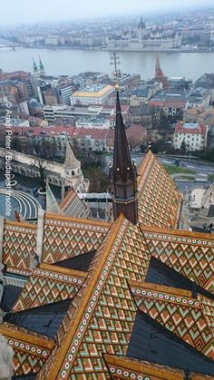 Budapest rooftop of st. matthias church                                                                                                                                                      Más