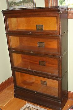 Circa 1910 Globe Wernicke Quartersawn Oak Stacking Barrister Bookcase