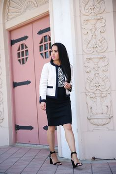 Classic Fall Work Outfit: Tweed Open Jacket, Leopard Print and Pearls - Stylish Petite Office Fashion Women, Womens Fashion For Work, Work Fashion, Fashion Outfits, Fall Fashion Trends, Autumn Fashion, Block Heels Outfit, Stylish Petite, Business Casual Dresses