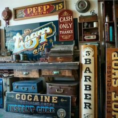 Great Vintage typography inspirations shot by __ Featured by Learning stuffs via: www.today __ by thedailytype Vintage Typography, Typography Letters, Hand Lettering, Vintage Soul, Vintage Country, Vintage Beauty, Advertising Signs, Vintage Advertisements, Painted Drawers