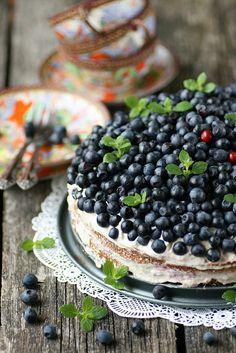 banana and blueberry cake...