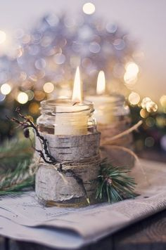 Mason jar candles with bark for the holidays