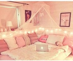 home accessory home decor pink girly girly wishlist tumblr tumblr room tumblr bedroom white white lace