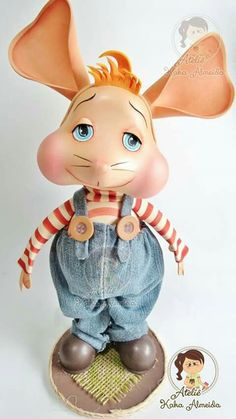 Topo Gigio Disney Characters, Fictional Characters, Clay Ornaments, Foam Crafts, Cinderella, Pasta Flexible, Art N Craft, Polymer Clay Art, Tole Painting