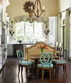 Breakfast at Tiffany's, dining room
