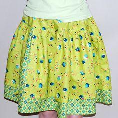Split Twirl Skirt...need to make one to match her birthday skirt for school