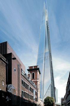 The Shard London Bridge, diseñado por Renzo Piano, es un rascacielos de uso mixto situado en el distrito de Southwark en Londres, Inglaterra. Actualmente está en obra y una vez finalizado será el edificio más alto de Europa con 310 metros de altura.