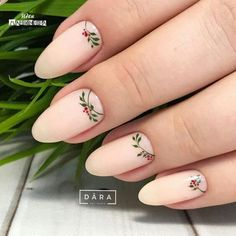 Here is a tutorial for an interesting Christmas nail art Silver glitter on a white background – a very elegant idea to welcome Christmas with style Decoration in a light garland for your Christmas nails Materials and tools needed: base… Continue Reading → Xmas Nails, Christmas Nails, Holiday Nails, Winter Christmas, Christmas Ideas, Winter Nails, Spring Nails, Summer Nails, Trendy Nails