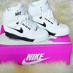 I NEEEEED THESE!! ριηтεяεsт:⚘qωε3ηв⚘ ♕ Nike Wedges