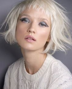 Top 70 Fringe Hairstyles That Looks Good on Everyone - Styles Art My Hairstyle, Fringe Hairstyles, Short Bob Hairstyles, Pretty Hairstyles, Popular Hairstyles, Short Hair With Bangs, Haircuts With Bangs, Short Hair Cuts, Medium Hair Styles