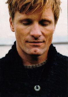 Viggo Mortensen by Bruce Weber for Vanity Fair, Jan 2004 http://www.overstock-scans.net/displayimage.php?album=21&pos=0