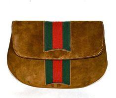 17bb4531b73a Vintage Gucci #vintageguccihandbags Vintage Handbags, Vintage Purses,  Vintage Bags, Gucci Clutch,
