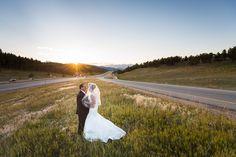 Red Bouquets & Mountain Views in Colorado | Denver, CO