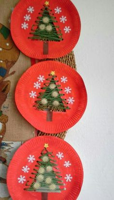 Dekoration Weihnachten – 4 Awesome DIY Easy Christmas Ornaments Design Ideas 4 Awesome DIY Easy Christmas Ornaments Design Ideas Source by cocobinnsLove these string trees!christmas crafts for kids to make easy - SalvabraniChristmas tree in the paper pl Easy Christmas Ornaments, Christmas Crafts For Kids To Make, Christmas Paper Crafts, Preschool Christmas, Christmas Activities, Christmas Decorations, Diy Ornaments, Christmas Trees, Christmas Crafts For Kindergarteners