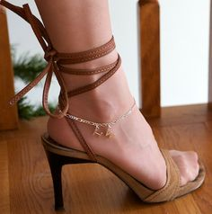 Sexy anklets from http://www.NippleCharms.com