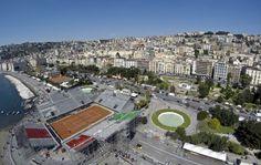 L'arena del tennis costruita alla Rotonda Diaz ospiterà dal 4 al 6 aprile l'incontro Italia-Gran Bretagna di Coppa Davis  (foto riccardo siano)