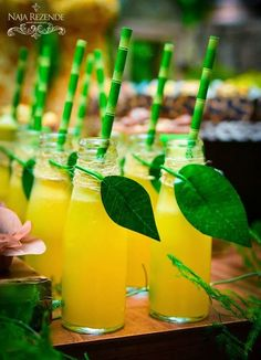 Encontrando Ideias: Festa Safari!!! Drink. Nice presentation for a jungle themed birthday party or baby shower