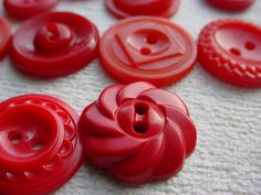 Mixed Lot of 14 Vintage Hard Plastic Bakelite Buttons Red