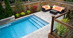 Jameson Pool and Spa: Gallery  steps and fencing....