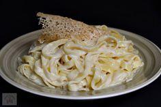 Spaghete carbonara cu smantana