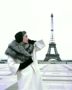 Suzy Parker in Givenchy, photo by Georges Dambier, Paris, 1954