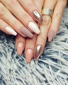 Delicate pink nails pastelove nails pastel nails elegant nails nude sweater mirror nails glamour nails style nails design nails prinsesfo Choice Image